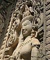 Angkor-Thommanon-32-Devata-2007-gje.jpg