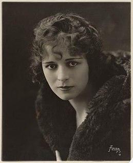 Anita Stewart American actress