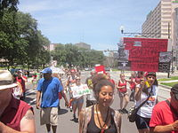 AntiMonsanto March Loyola Av GMOOMG.jpg