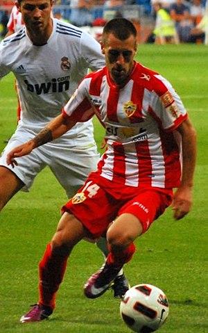 Antonio Luna (footballer) - Luna playing for Almería in 2011