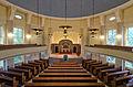 Auferstehungskirche Barmbek Blick zum Altar WW.jpg