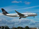 Avianca N342AV A330-243 (29658387140).jpg
