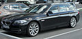 BMW 520d Touring (F11) front 20100821.jpg