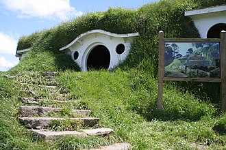 Hobbiton Movie Set - The exterior of Bag End in 2006 before its 2010 make-over