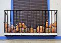 Balcó amb carabasses a Navaixes.JPG