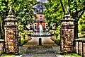 Barock Schloss Wickrath mit Brunnen (8277621290).jpg