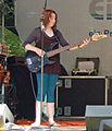 Bassistin Schulband 02.jpg