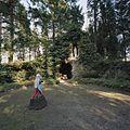 Beeld van Bernadette voor de Lourdesgrot - Steijl - 20341981 - RCE.jpg