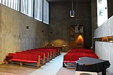 Fil:Bergshamra kyrka int08.jpg