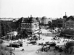 Potsdamer Platz, 1920, Willy Pragher [CC BY 3.0 (https://creativecommons.org/licenses/by/3.0)], via Wikimedia Commons