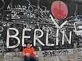 Berlin Wall Berlyn graffiti.jpg