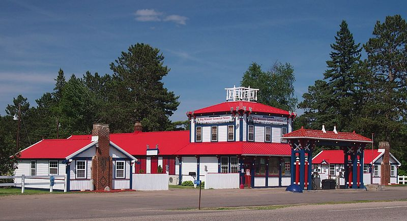 File:Big Winnie General Store.jpg