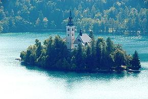 Blejsko jezero otok cerkev 01092008 66.jpg