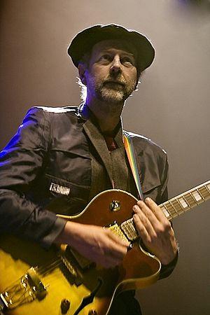 Bob Drake (musician) - Bob Drake performing in France in April 2007
