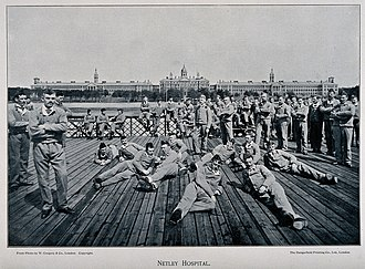Netley Hospital - Recuperating Boer War soldiers photographed on the hospital pier (circa 1902)