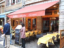 An image of the Le Tablier restaurant in France.