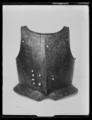 Bröstharnesk, 1600-talets första hälft - Livrustkammaren - 62187.tif