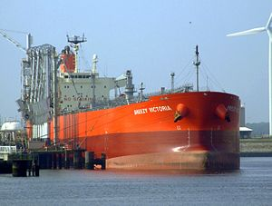 Breezy Victoria IMO 9321172 at the Calland canal, Port of Rotterdam, Holland 03-Jun-2007.jpg