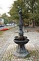 Brunnen (Sieveringer Straße) II.jpg