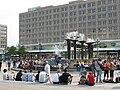 Brunnen beim Alexanderplatz (Fountain in Alexander Square) - geo-en.hlipp.de - 13804.jpg