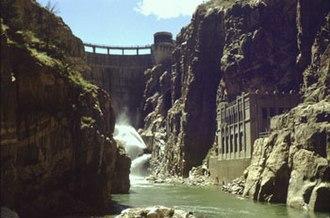 Buffalo Bill Dam - Buffalo Bill Dam from within Shoshone Canyon