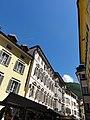 Buildings in Piazza delle Erbe-Obstplatz, Bolzano.jpg