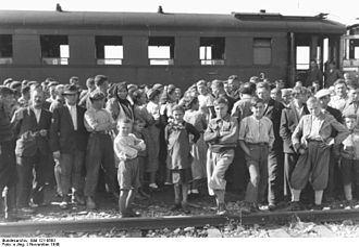 Bukovina Germans - Bukovina and Bessarabia Germans arriving in Graz, November 1940