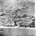 Bundesarchiv Bild 195-1422, Rheinbefliegung, Mannheim-Rheinau - Altlußheim.jpg