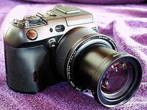 Overview Type Digital Prosumer Camera