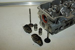 Ford CVH engine - 1.6 CVH cylinder head with valves, followers and rockers