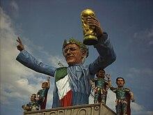 Un carro del 2007 che raffigura i campioni del mondo di calcio.