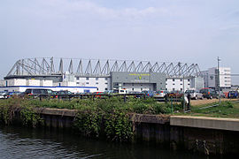 Carrow Road exterior.jpg