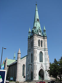 Cathedrale 3 Rivieres.JPG