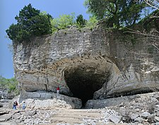 Cave-in-rock IL.jpg