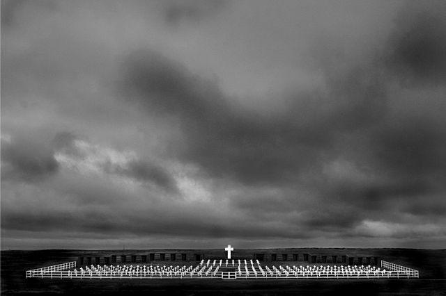 1st place: Cemetery of Puerto Darwin. Islas Malvinas by Tomás Terroba