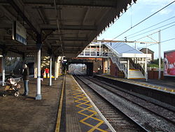 Chadwell Heath stn fast platforms look east 2013.JPG