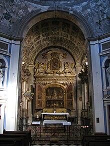 Apt: королевская часовня в соборе св. Анны