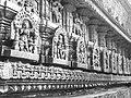 Chennakeshava temple Belur 253.jpg