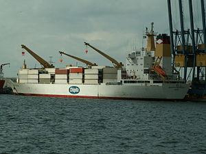 Chiquita Nederland - IMO 9015199 - Callsign C6KD6 Port of Antwerp 26-Sep-2005.jpg