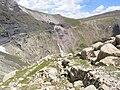 Cirque-de-Barrosa-chemin-mines-falaise-nord-Pyrenees.JPG