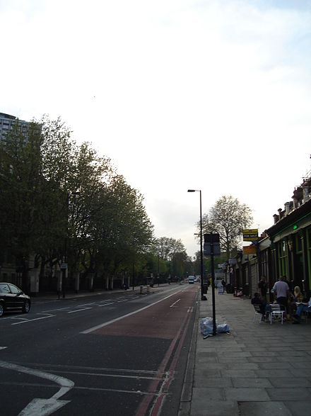 View on City Road towards the trendy Upper Street. Cityroad.jpg