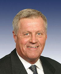 Collin Peterson, official 109th Congress photo.jpg