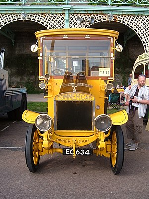 Commer - Front of a 1909 Commer bus