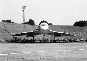 Concorde rear of Technical Block A, Heathrow Airport.jpg