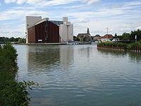 Condé-sur-Marne, jonction Canal de l'Aisne à la Marne - Canal latéral à la Marne.JPG