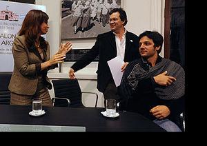 Revolución: El cruce de los Andes - President Cristina Fernández de Kirchner with Tristán Bauer and Rodrigo de la Serna in the official presentation of the film