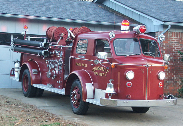 File Crossett Engine 13 1954 American Lafrance Type 700
