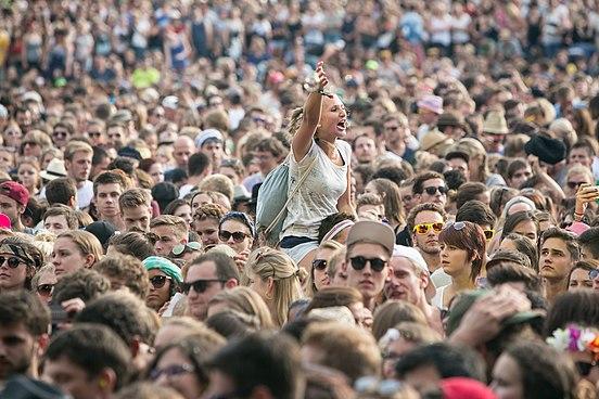 nasa crowd images - HD1200×800