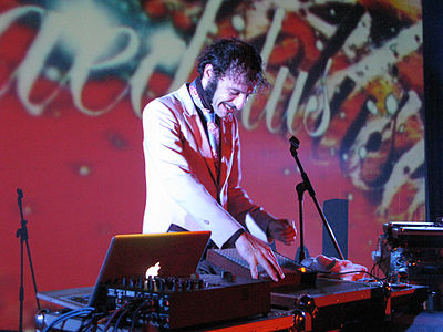Picture of a band or musician: Daedelus
