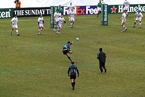 Dan Parks - Dan Parks, kicking a penalty for the Glasgow Warriors.